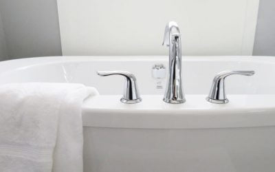 How To Choose A Great Bathtub For A Small Bathroom